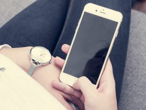 job interview turnoffs 1: using phone while being interviewed