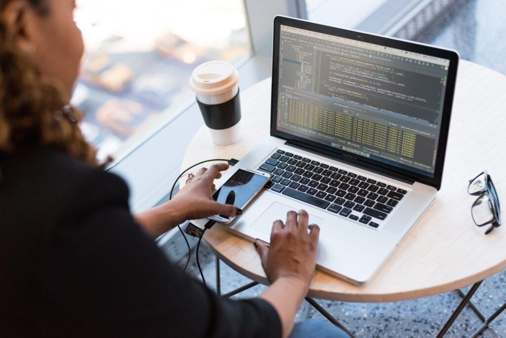 Senior Software Engineer Job Description: Testing a Software Application