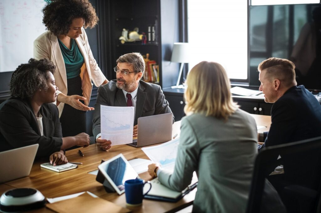 office manager job description you should know before applying