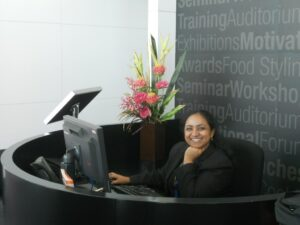 Receptionist Job Description: Attention to Details